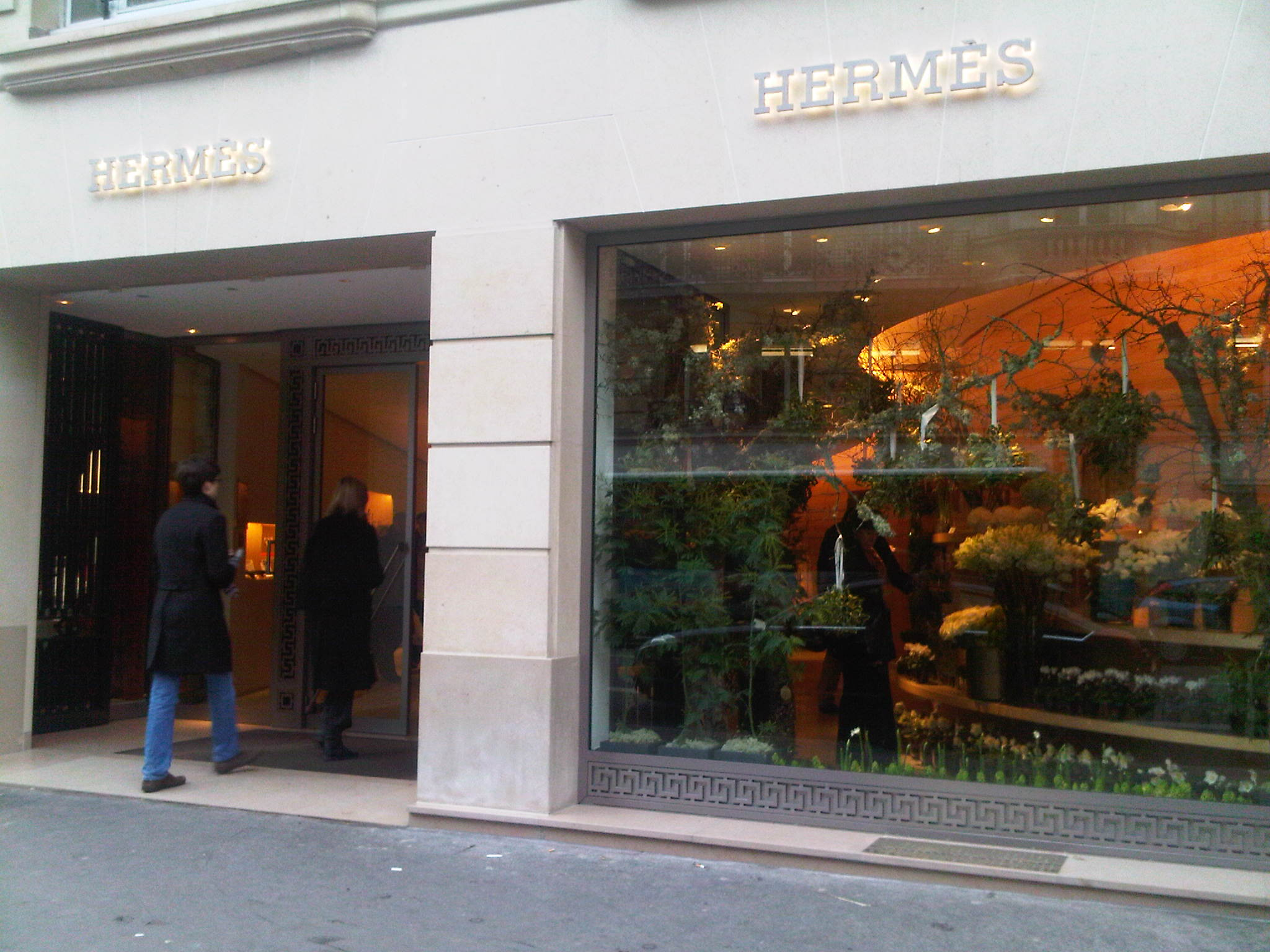 301 moved permanently - Hermes rue de sevres ...